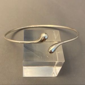 Tiffany Peretti Sterling Teardrop Bangle Bracelet